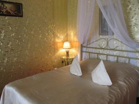 1-комнатная квартира посуточно в Бердянске. ул. Лиепайская,  14-1. Фото 1