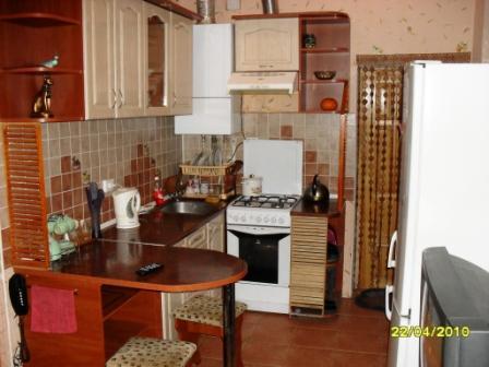 2-комнатная квартира посуточно в Виннице. Ленинский район, ул. Арх. Артынова, 59. Фото 1