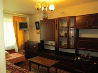 1-комнатная квартира посуточно в Бердянске. ул. Первомайская, 37. Фото 1