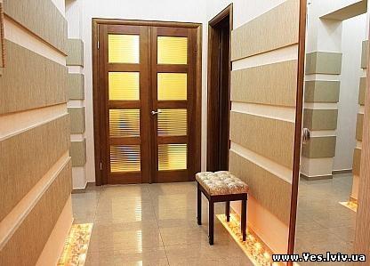 3-комнатная квартира посуточно в Львове. Лычаковский район, ул. И. Франка, 37. Фото 1