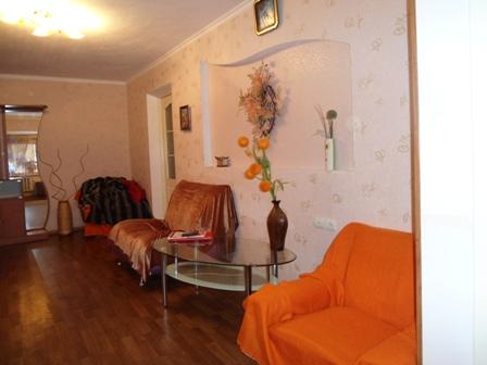 2-комнатная квартира посуточно в Одессе. Приморский район, б-р Французский, 14 Б. Фото 1