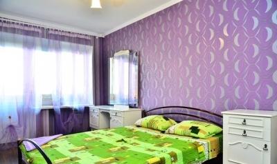 3-комнатная квартира посуточно в Киеве. Печерский район, б-р Леси Украинки, 19. Фото 1