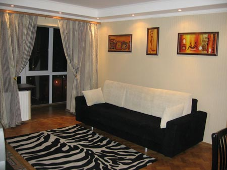 2-комнатная квартира посуточно в Киеве. Голосеевский район, Владимиро-Лыбидская, 16. Фото 1