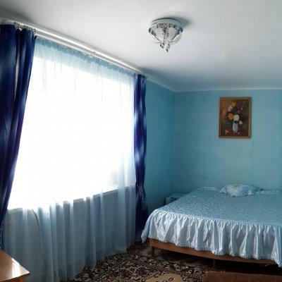 2-комнатная квартира посуточно в Феодосии. ул. Федько, 91. Фото 1
