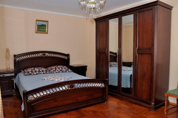 2-комнатная квартира посуточно в Партените. Фрунзенское шоссе, 19. Фото 1