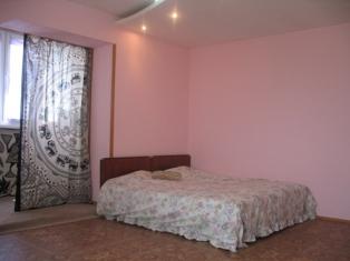 1-комнатная квартира посуточно в Севастополе. Гагаринский район, ул. Вакуленчука, 10. Фото 1