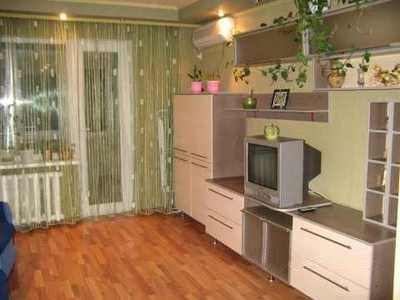 1-комнатная квартира посуточно в Донецке. Киевский район, ул.Университетская, 120в. Фото 1