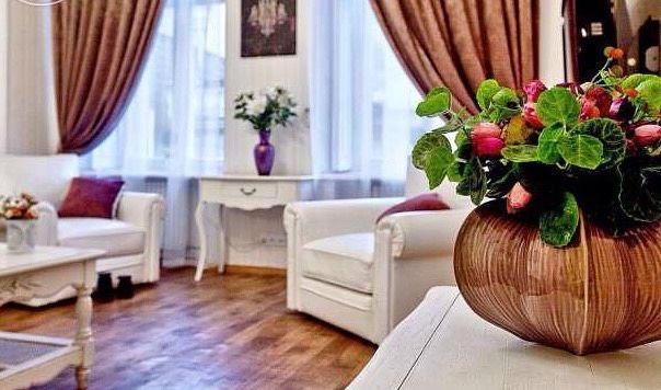 2-комнатная квартира посуточно в Одессе. Приморский район, пер. Воронцовский, 11. Фото 1