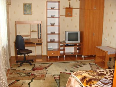 1-комнатная квартира посуточно в Николаеве. Центральный район, ул. Потемкинская, 17. Фото 1