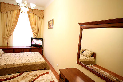 1-комнатная квартира посуточно в Львове. Галицкий район, ул. Шпитальная, 17. Фото 1