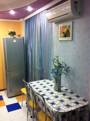 1-комнатная квартира посуточно в Северодонецке. пр-т Гвардейский, 16. Фото 1