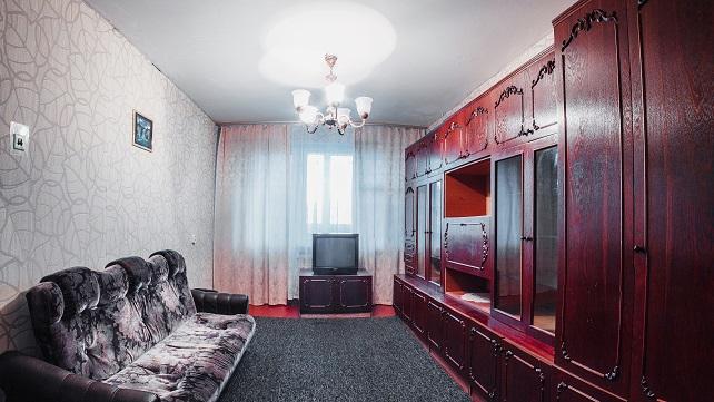Двухкомнатная квартирапосуточно в Черкассах. ул. Крещатик, 130. Фото 1
