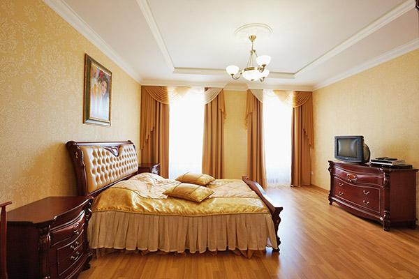 2-комнатная квартира посуточно в Львове. Галицкий район, ул. Городоцкая, 1. Фото 1