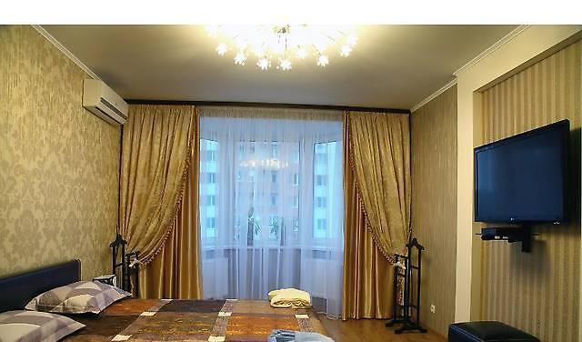 Двухкомнатная квартирапосуточно в Макеевке, пр-т Ленина, 131. Фото 1