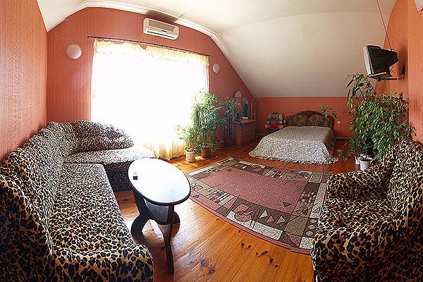 1-кімнатна квартираподобово у Севастополі, Ленінський район, вул. Короленка, 1. Фото 1