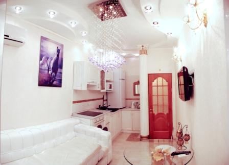 2-комнатная квартира посуточно в Ильичёвске. пер. Хантадзе, 4. Фото 1