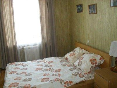 1-комнатная квартира посуточно в Керчи. ул. Свердлова, 32. Фото 1