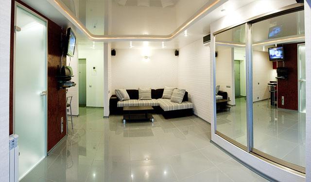 1-комнатная квартира посуточно в Киеве. Печерский район, ул. Госпитальная, 24. Фото 1