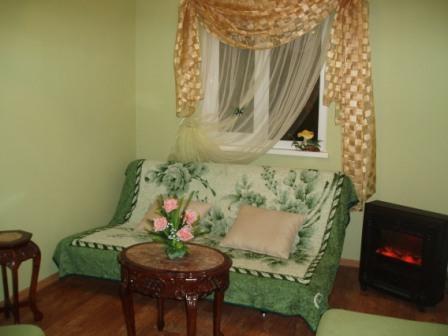Дом  посуточно в Керчи. ул. Чернышевского, 21. Фото 1