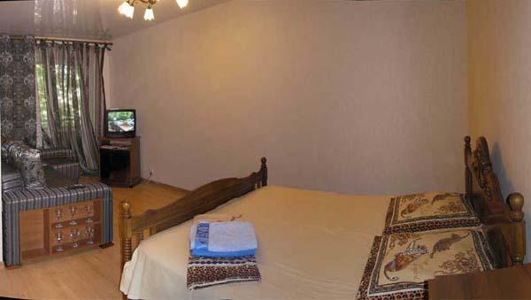 1-комнатная квартира посуточно в Одессе. Приморский район, ул. Сегедская, 9. Фото 1