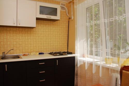 Однокомнатная квартирапосуточно в Киеве, Печерский район, ул. Рыбальская, 11