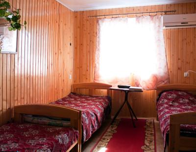 Мини-отель посуточно в Степановке. ул. Шевченко, 300. Фото 1