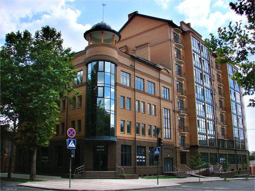 Трехкомнатная квартирапосуточно в Николаеве. Центральный район, адмиральская , 33а. Фото 1