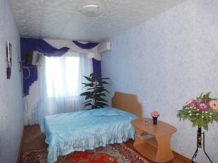2-комнатная квартира посуточно в Керчи. пер. Юннатов, 20. Фото 1