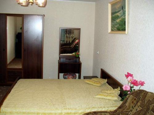 1-комнатная квартира посуточно в Партените. ул. Солнечная, 4. Фото 1