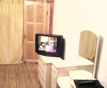 Однокомнатная квартирапосуточно в Черкассах, вул. Рождественская, 95. Фото 1