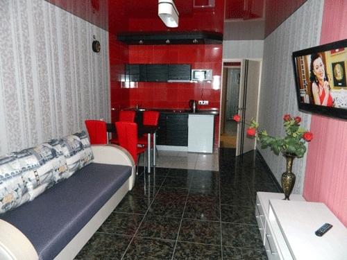 2-комнатная квартира посуточно в Харькове. Дзержинский район, пр-т Науки, 21а. Фото 1