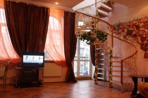 2-комнатная квартира посуточно в Киеве. Шевченковский район, басейная, 12. Фото 1