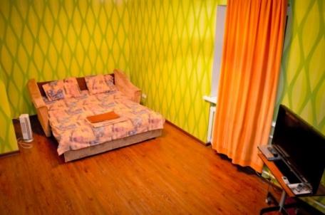 1-комнатная квартира посуточно в Запорожье. Орджоникидзевский район, Патриотическая, 68. Фото 1