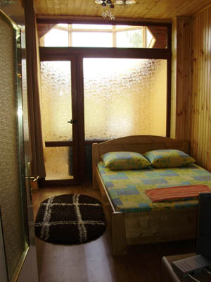 1-комнатная квартира посуточно в Ужгороде. ул. Фединца, 3. Фото 1