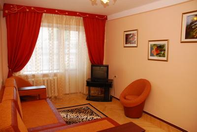 1-комнатная квартира посуточно в Кривом Роге. Саксаганский район, Мира, 35. Фото 1