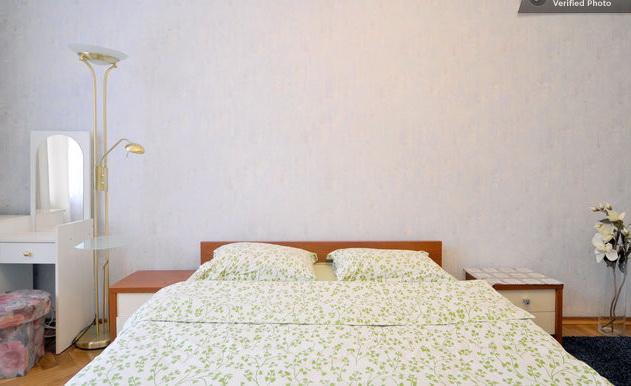 2-комнатная квартира посуточно в Киеве. Шевченковский район, ул. Рейтарская, 2. Фото 1