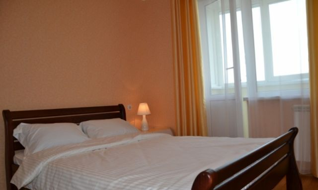 1-комнатная квартира посуточно в Керчи. ул. Борзенко, 25. Фото 1