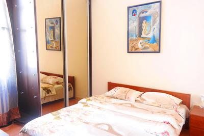 2-комнатная квартира посуточно в Киеве. Шевченковский район, ул. Владимирская, 65. Фото 1