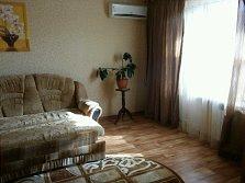 1-комнатная квартира посуточно в Артемовске. ул. Чайковского, 22. Фото 1