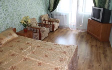 1-комнатная квартира посуточно в Керчи. ул. Еременко, 43. Фото 1