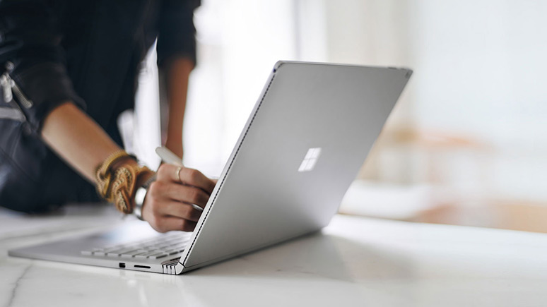 Microsoft-Surface-Book-thumb.jpg